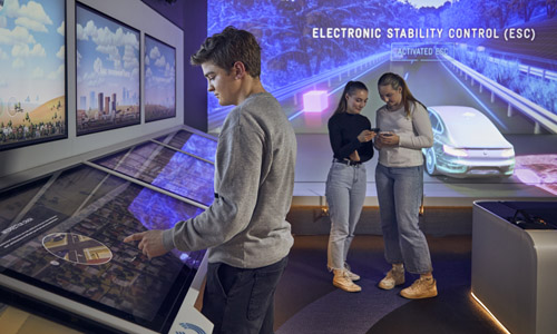 Students at the Melbourne Museum Road to Zero experience