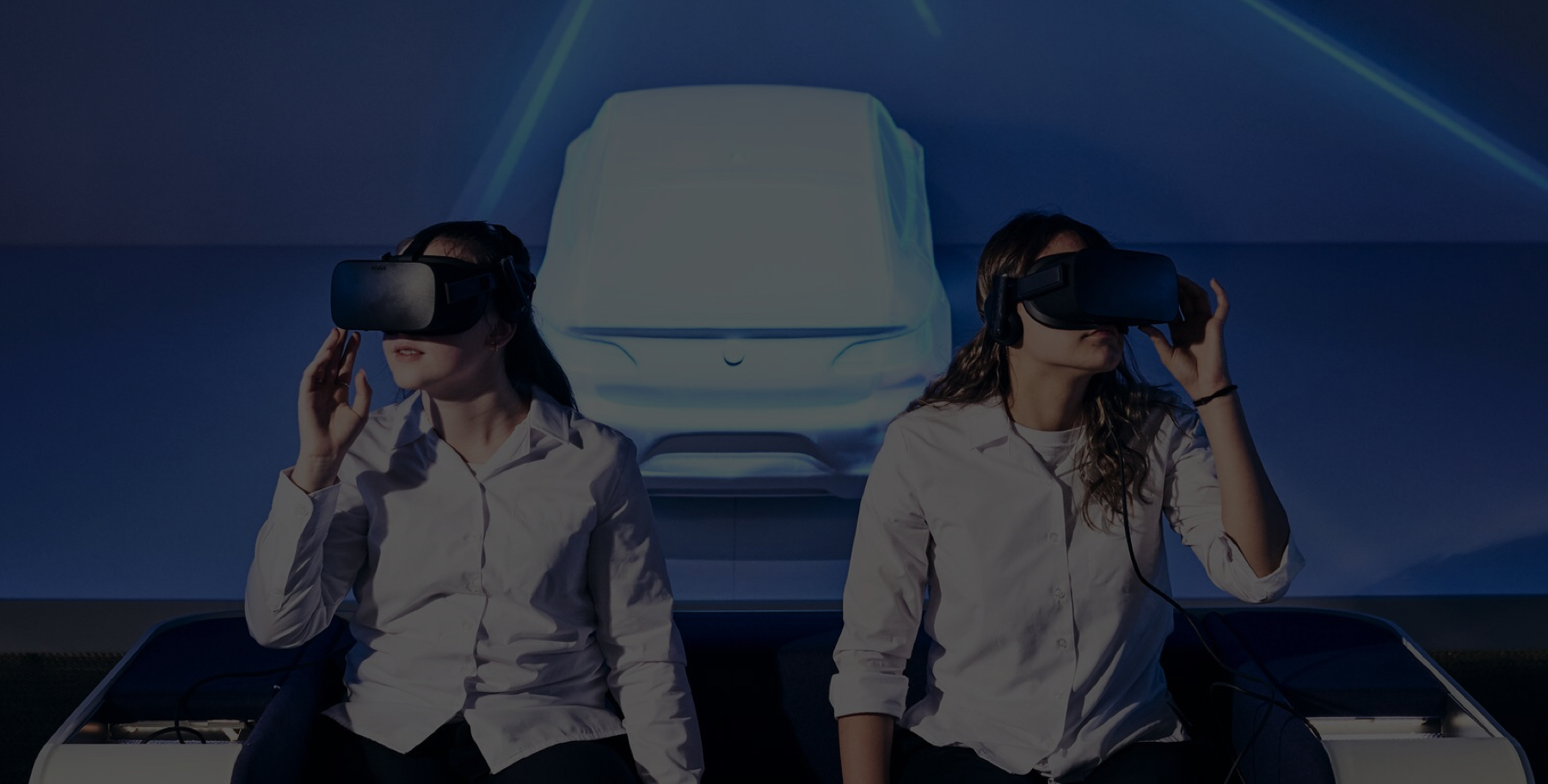 Immerse yourself in a virtual reality learning experience